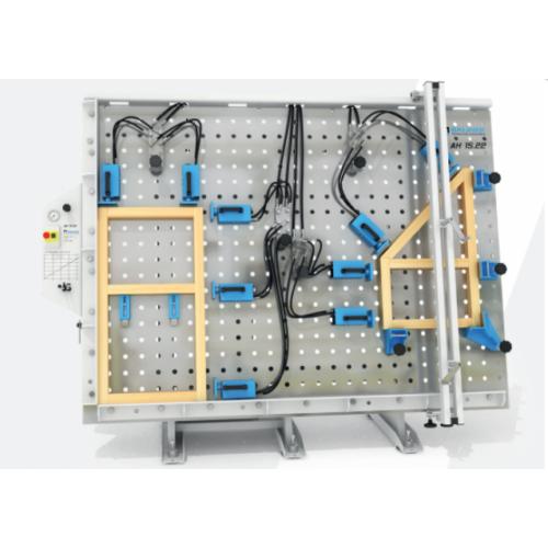 Soukup AH15 hidraulikus mátrix keretprés, ajtó gyártás, hőszigetelt ablak